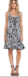 DVF nwt $498 small dress panther lace bkack isla